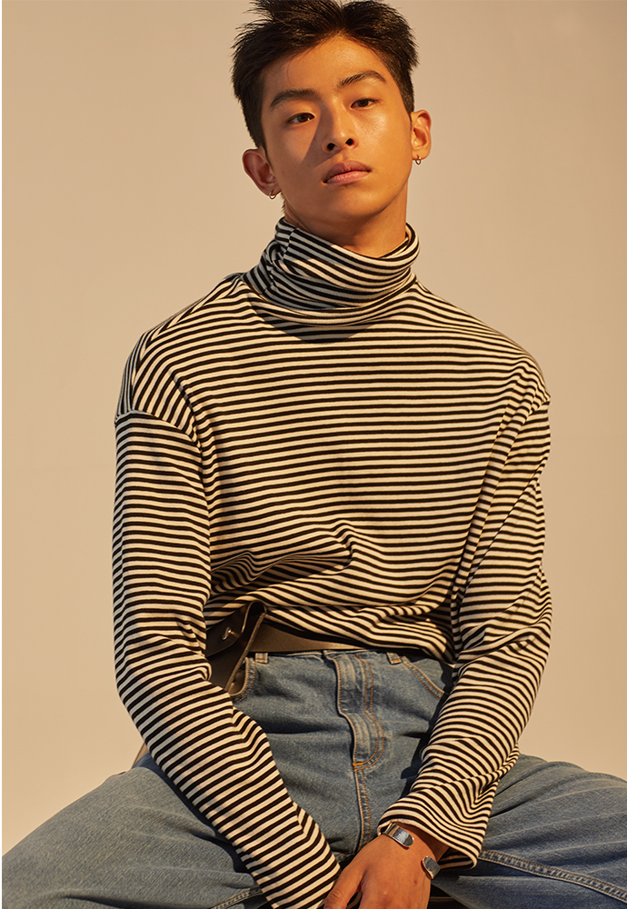 Signature Long Sleeve Turtleneck_ Stripe