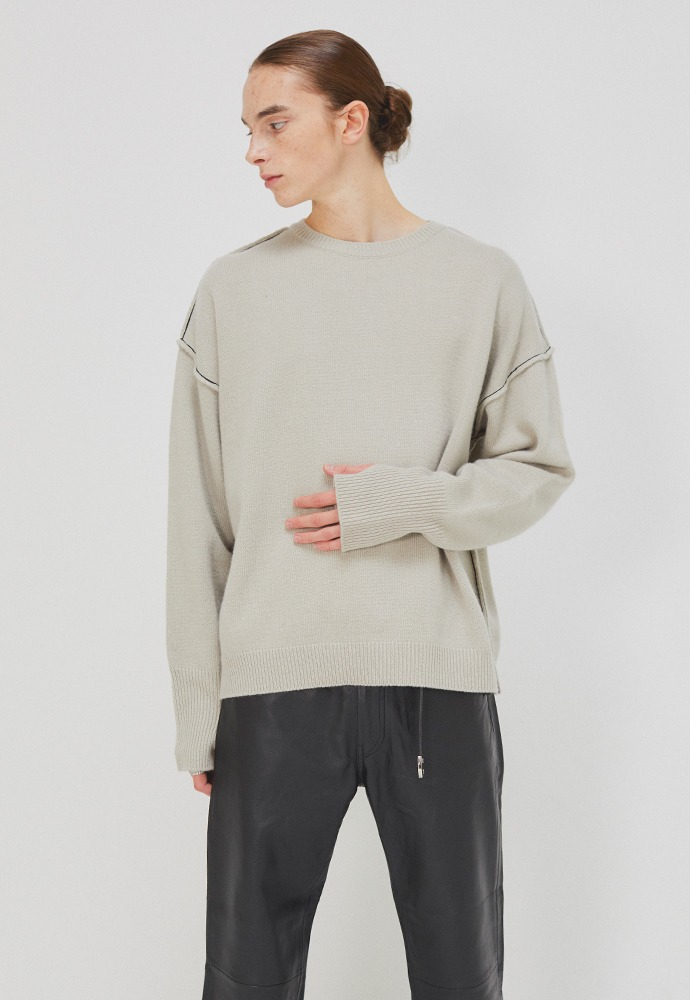Contrasting Wool Sweater_ Arctic Grey